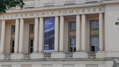 baner na filharmonii
